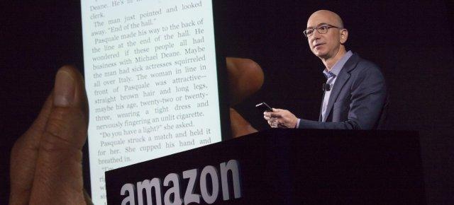 Jeff Bezos Congratulates Donald Trump on His Win