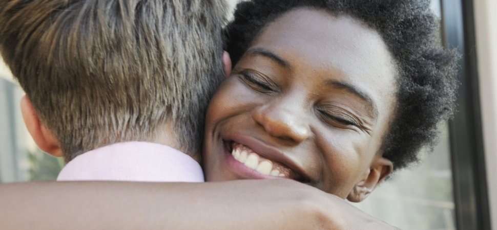 Gratitude Physically Changes Your Brain, New Study Says