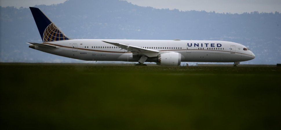 United Airlines Thanked Customers For Its ...