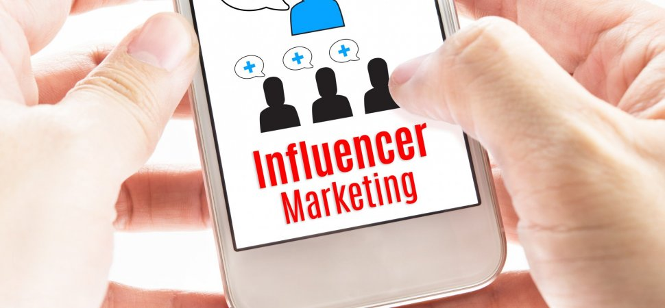 INFLUENCER MARKETING & EMPLOYEE ADVOCACY - cover