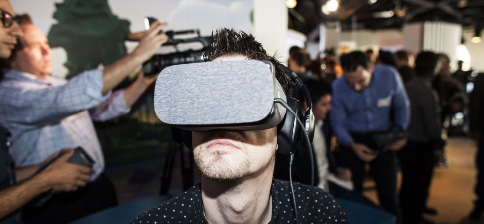 Google Reportedly Creating an Augmented Reality Headset That Tracks Your Eyes | Inc.com