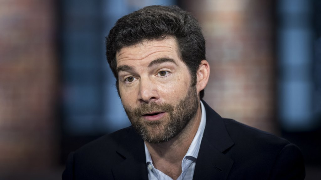 LinkedIn's CEO's Three Remote Work Tips