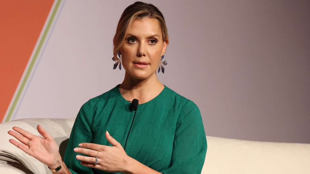 3 Hiring Secrets That Helped Kendra Scott Grow Her $500 Project Into a $1 Billion Company