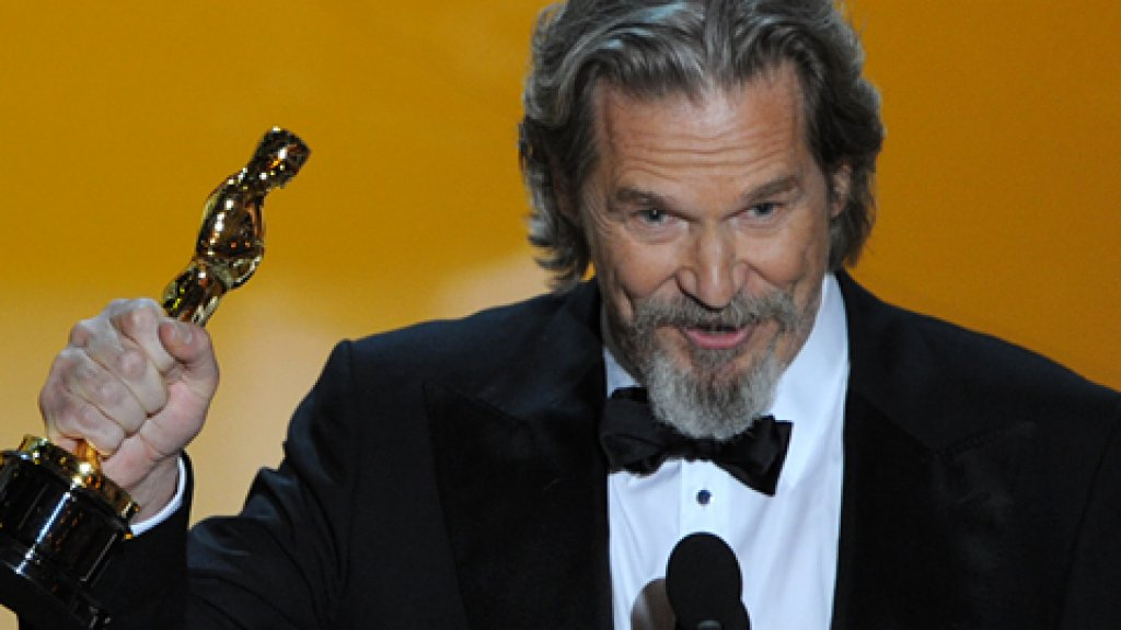 Winner for Actor in a Leading Role Jeff Bridges gives his acceptance speech at the 82nd Academy Awards at the Kodak Theater in Hollywood, California on March 07, 2010.