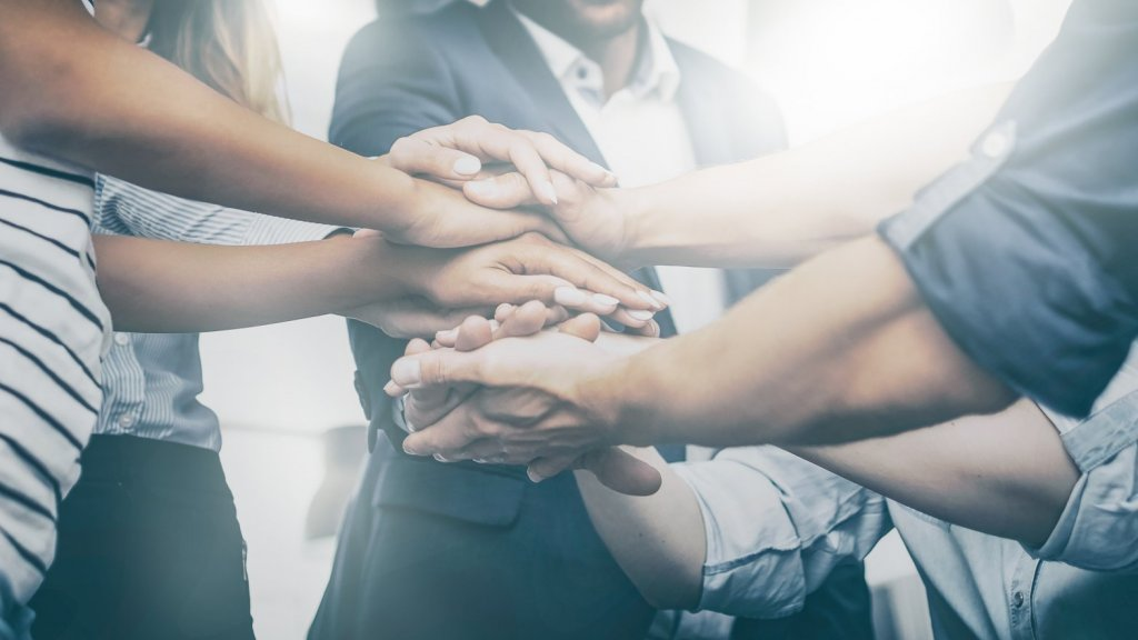 4 Ways to Generate Energy to Positively Impact Your Team