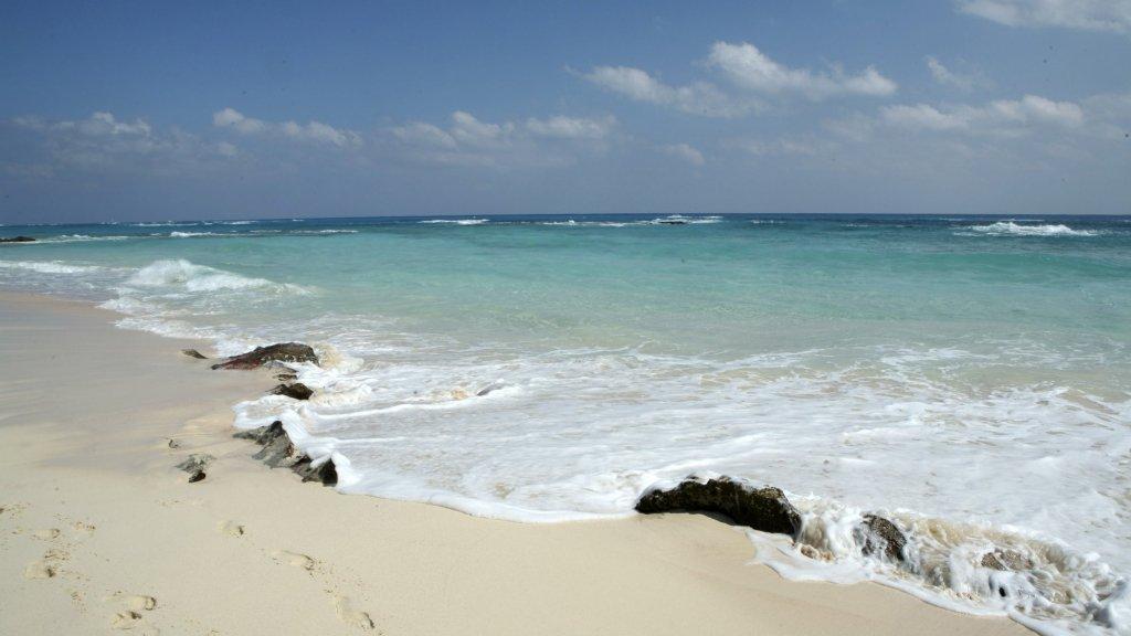 5 Still Undiscovered Beach Getaways to Relax and Unwind