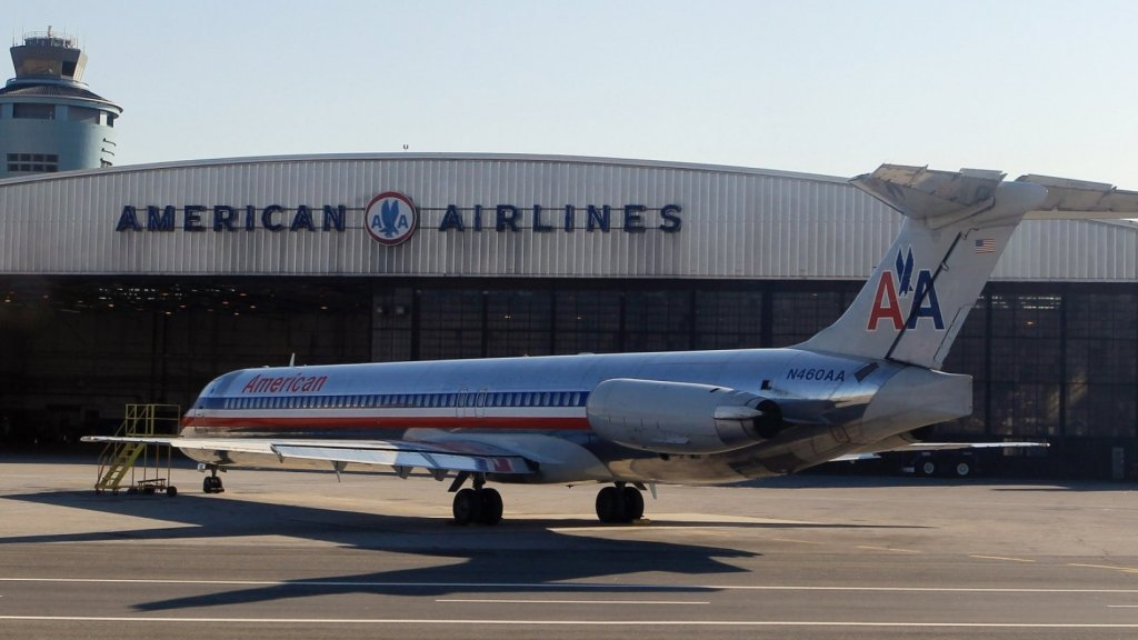 This American Airlines Pilot Just Left an Unforgettable Letter for His Final Passengers(He's Retiring After 33 Years)