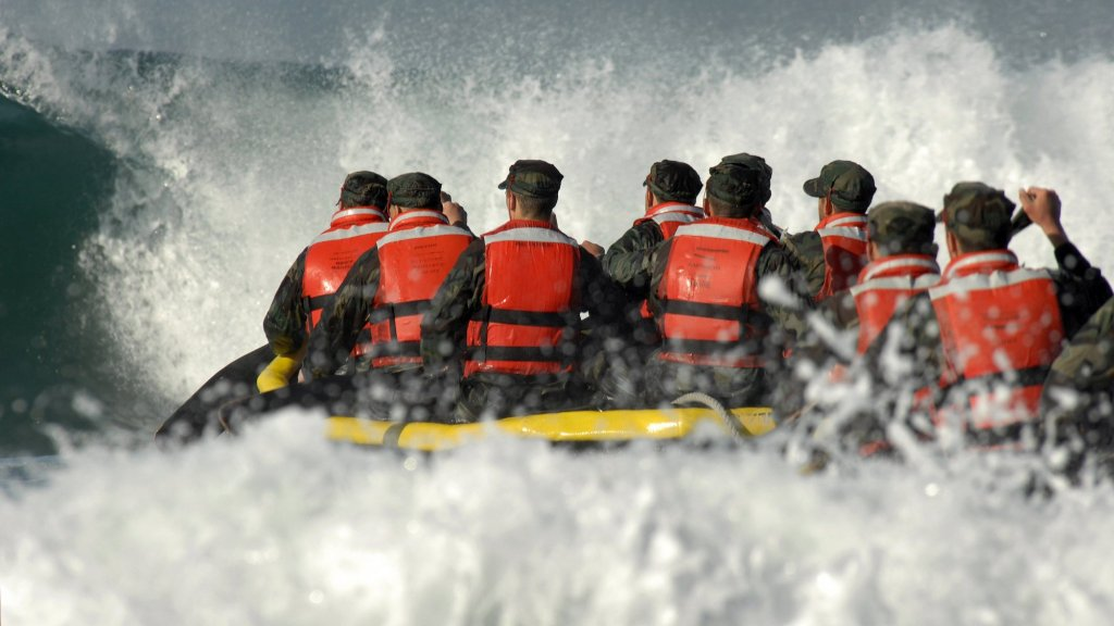 17 Things Navy SEALs Learn That Can Help You Succeed in Life