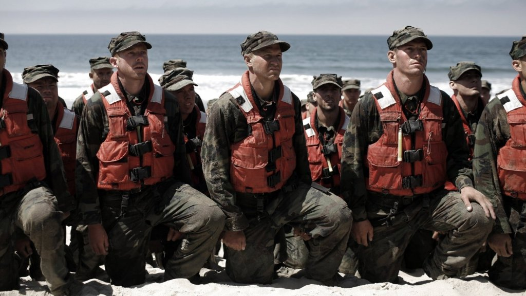 How to Be an Exceptional Leader: Advice From a Navy SEAL