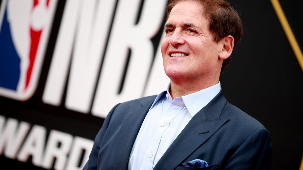Mark Cuban Just Gave Out His Phone Number So Anyone Can Text Him