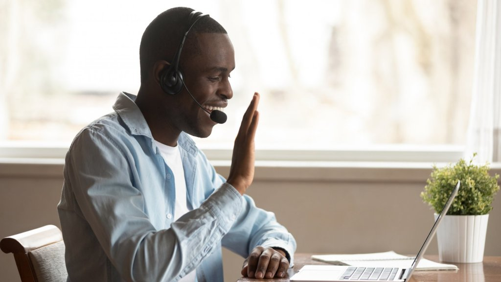 10 Magic Phrases to Use on Zoom Calls So People Will Like You More