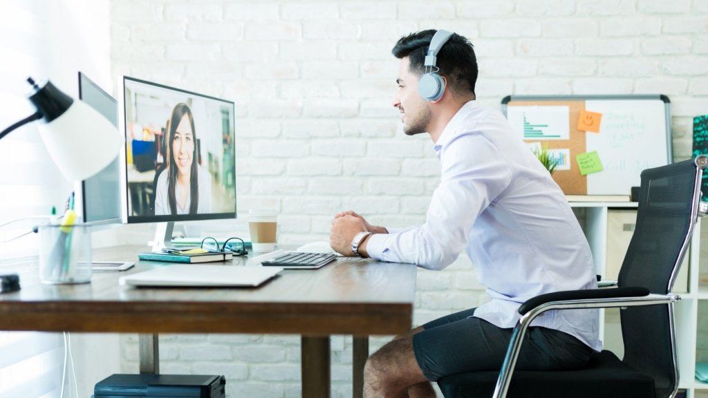 4 Truths That Will Improve Your Remote Leadership Skills Overnight