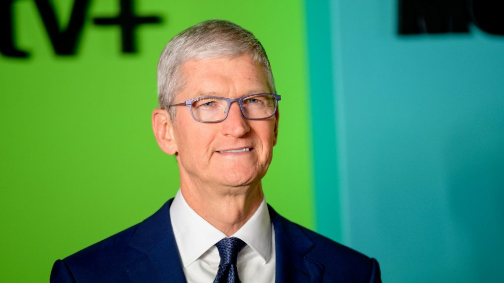 Why Tim Cook's Business Rule Is to Not Follow the Rules and Write Your Own