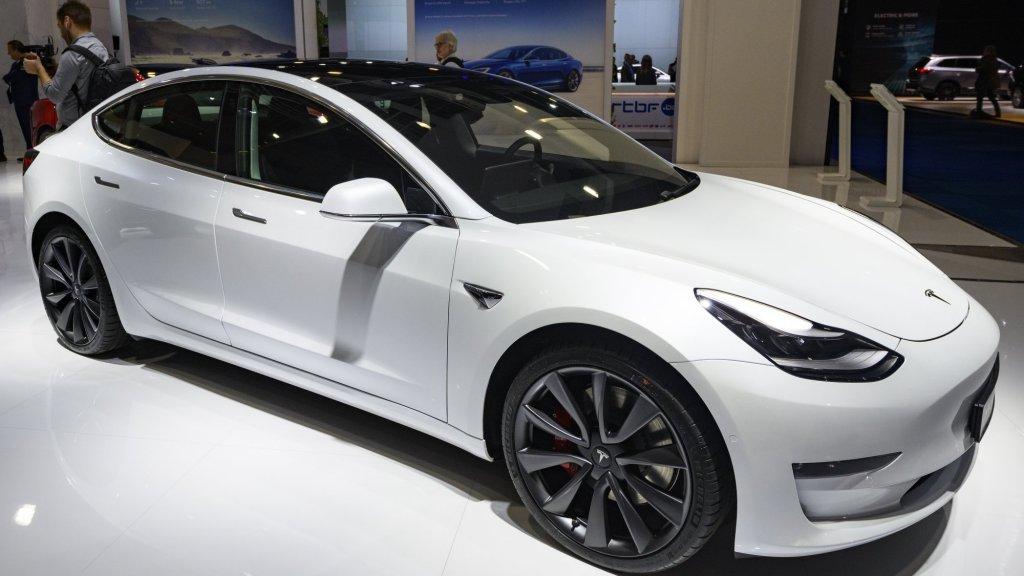 Tesla Built Its New Ventilator Out of Model 3 Parts