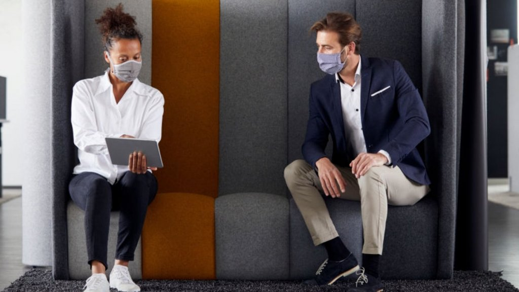 3 Tricks to Communicate Effectively Even When You're Wearing a Mask