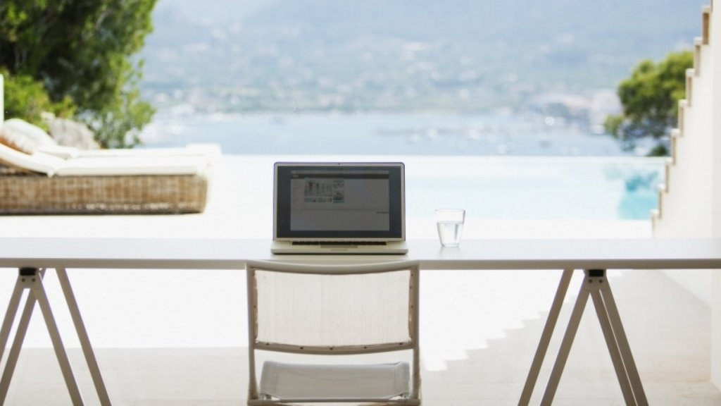 12 Perks Your Remote Employees Will Love