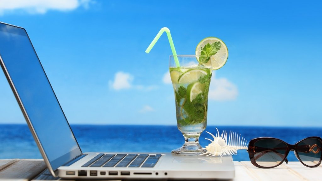 7 Ways to Recharge While Staying Productive