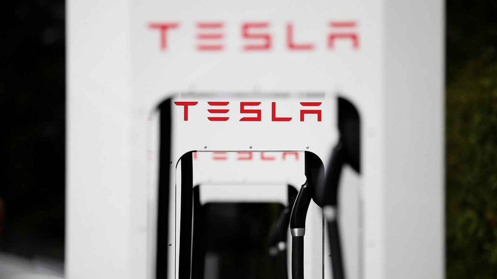 Tesla Is Killing One of Its Biggest Customer Incentives