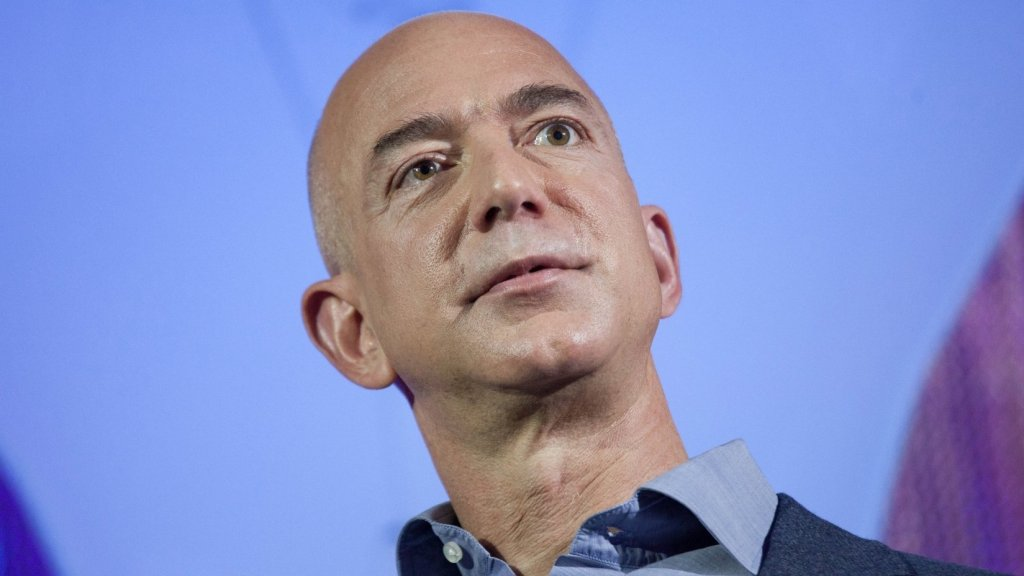 20 Years Ago, Jeff Bezos Said This 1 Thing Separates People Who Achieve Lasting Success From Those Who Don't
