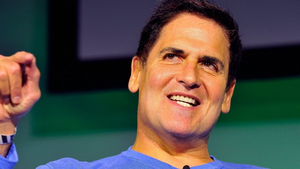 Mark Cuban Compliments Aging, Un-Sexy Audience at Small Business Week Event