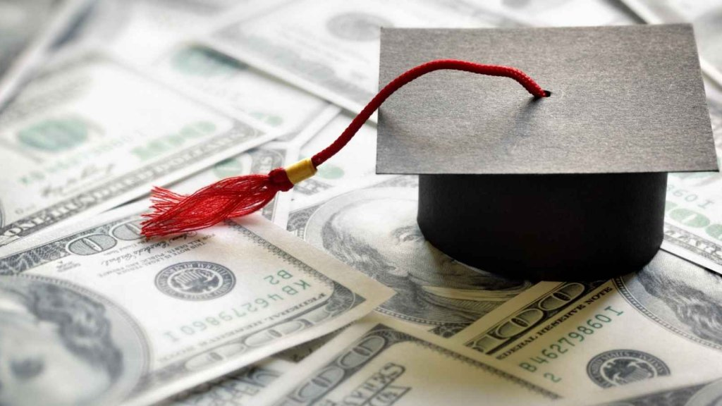 How Student Debt Is Ruining Millennial Lives
