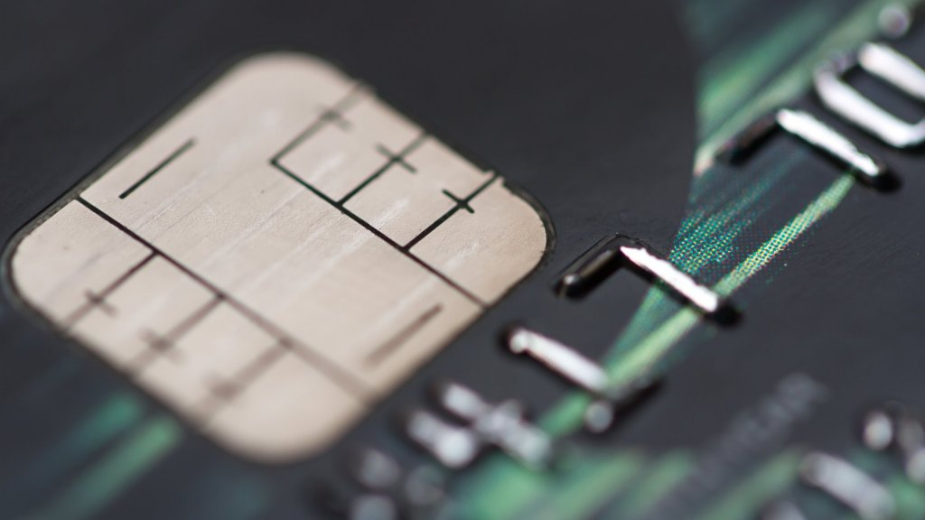 Credit Card Innovations Are Causing Fraudsters to Become More Creative This Holiday Season