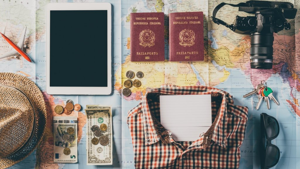 1 Packing Tip to Help You Stay Productive Before You Travel