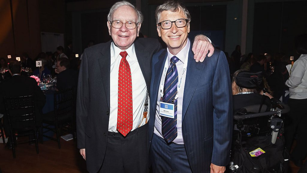 Warren Buffett and Bill Gates Both Call This Man Their 'Hero' and a 'Role Model.' It All Goes Back to Where They Ate Dinner on May 5, 2009