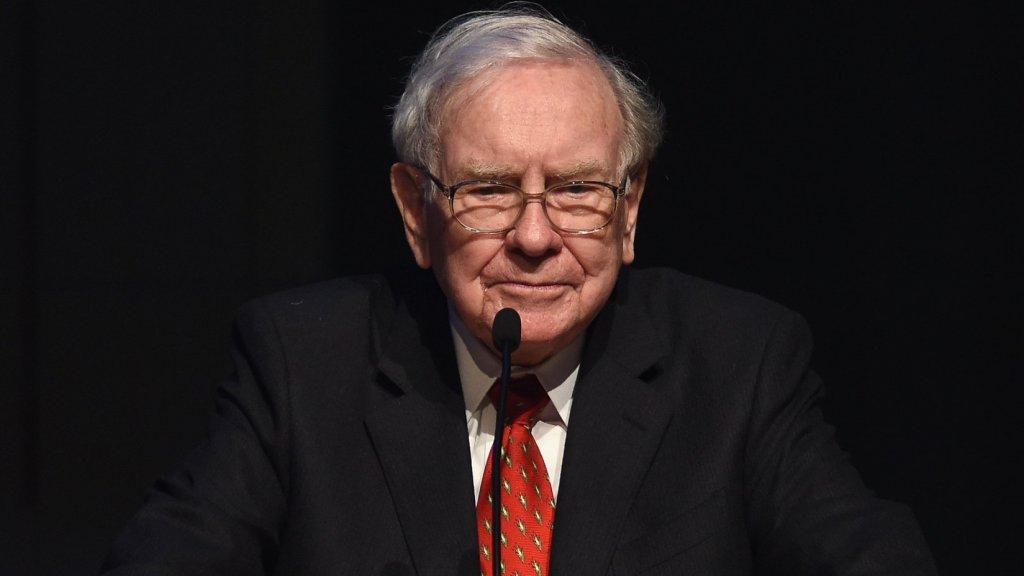 Warren Buffett Says Anyone Can Achieve Success by Following 1 Simple Rule He Calls the Buffett Formula