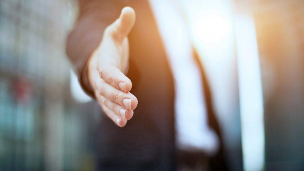 5 Benefits of Hiring Older Candidates