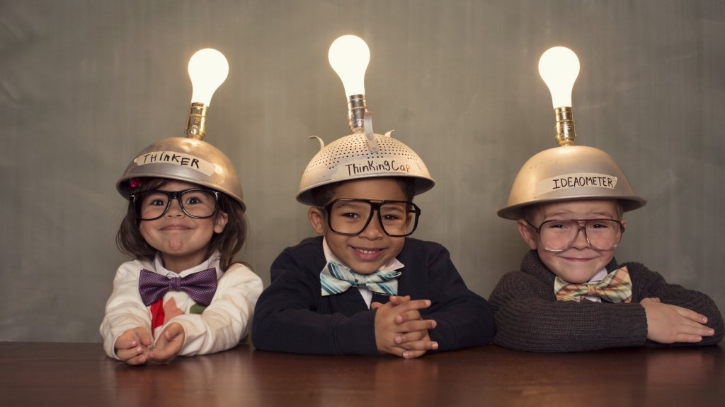 3 Reasons Children Lose Creativity As They Grow Up