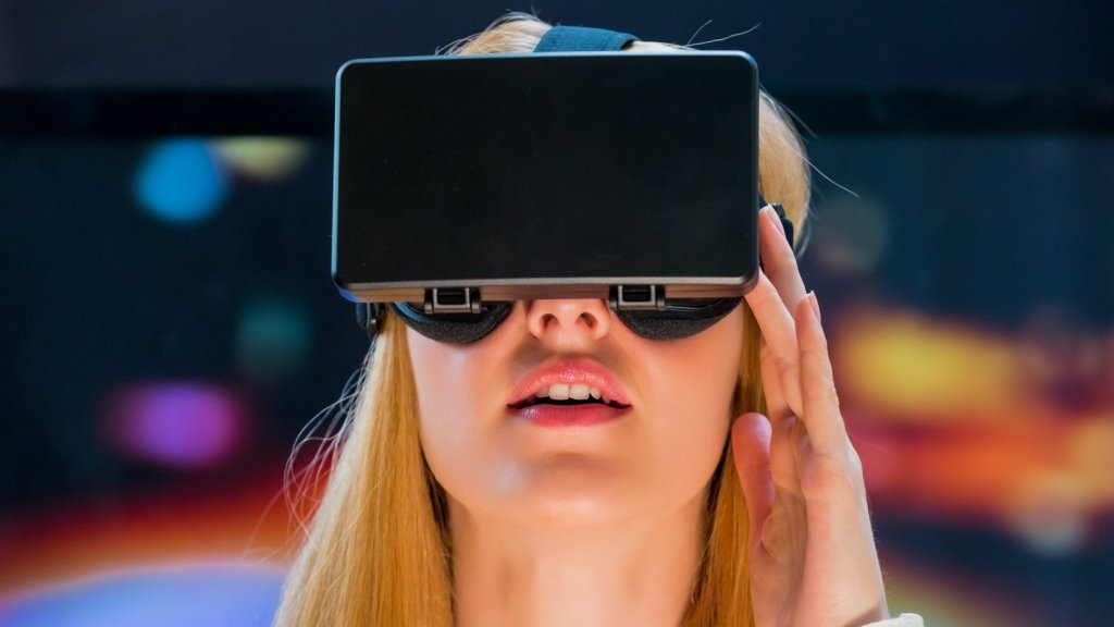 How to Tell If Virtual Reality Is Worth Your Time (and Money)