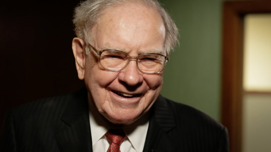 Tony Robbins Learned Something Brilliant and Vital From Warren Buffett. Here It is In 1 Sentence