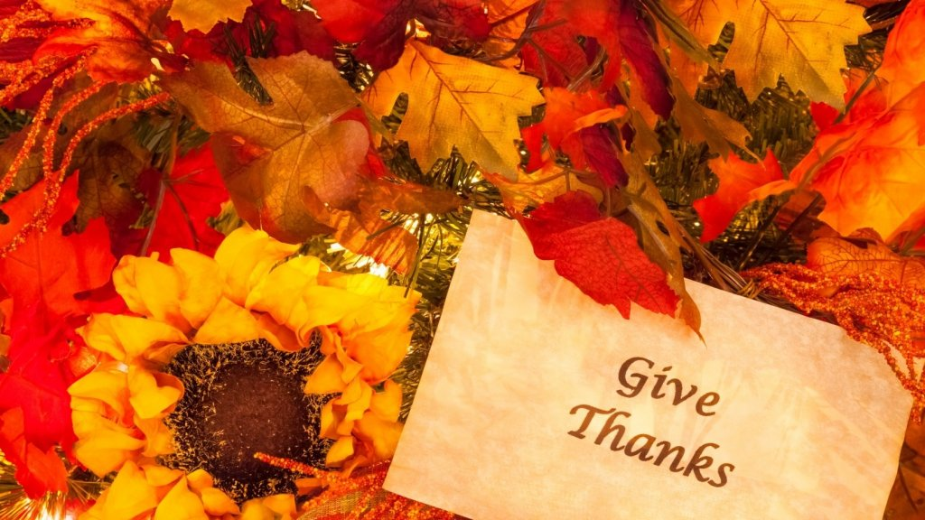3 Ways Leaders Can Give Thanks (and Boost Employee Loyalty)