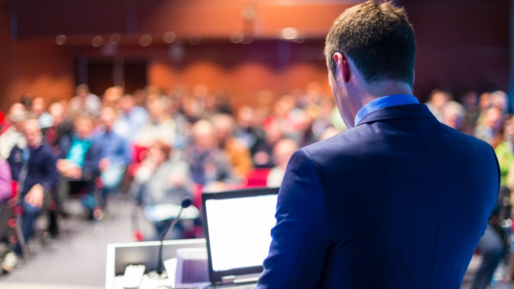 The 5 Best International Conferences to Attend in 2016