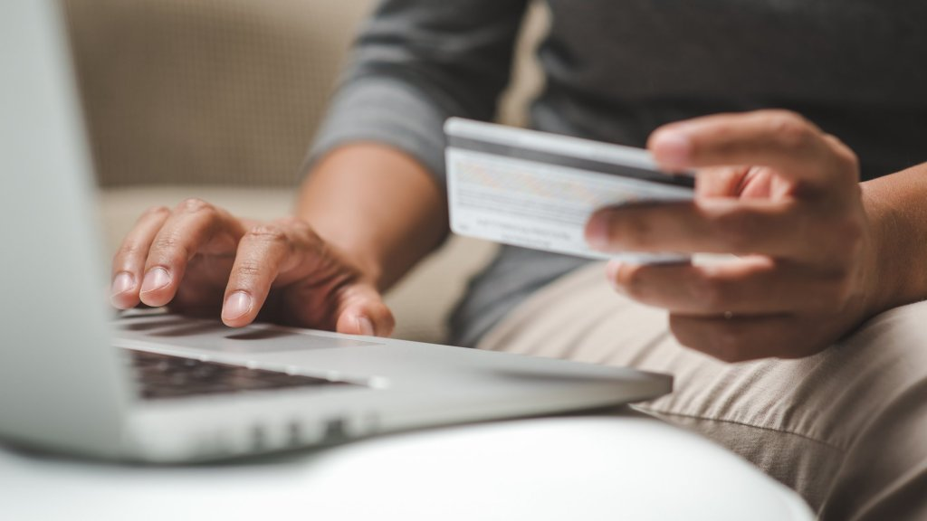 Building Trust With E-commerce Shoppers Is All About Emotions and Trust