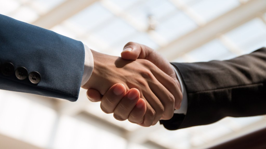 How Sales Teams Can Use Marketing Content to Close More Deals