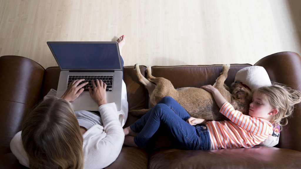 Want to Improve Your Family Life? Do This Counterintuitive Thing with Your Email Right Now