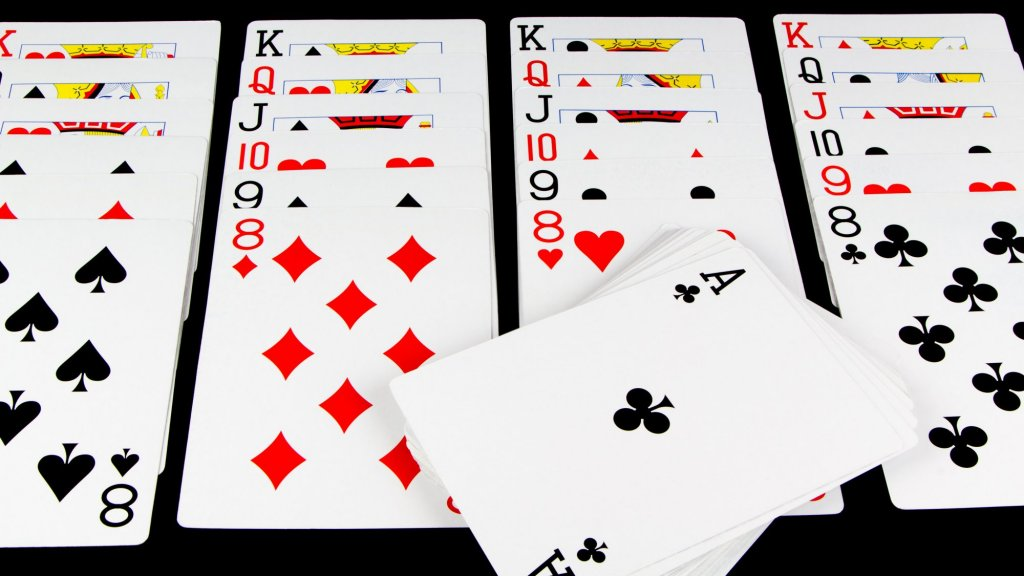 2 Skills Solitaire Teaches You to Make Better Decisions