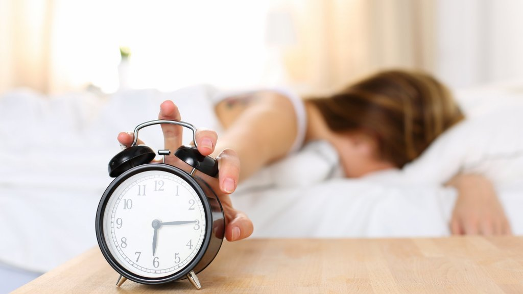 10 Simple Habits That Will Help You Sleep Better Right Away