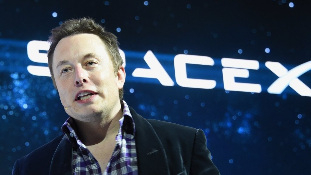 Elon Musk Shows How to Be a Good Boss--With a Single Tweet