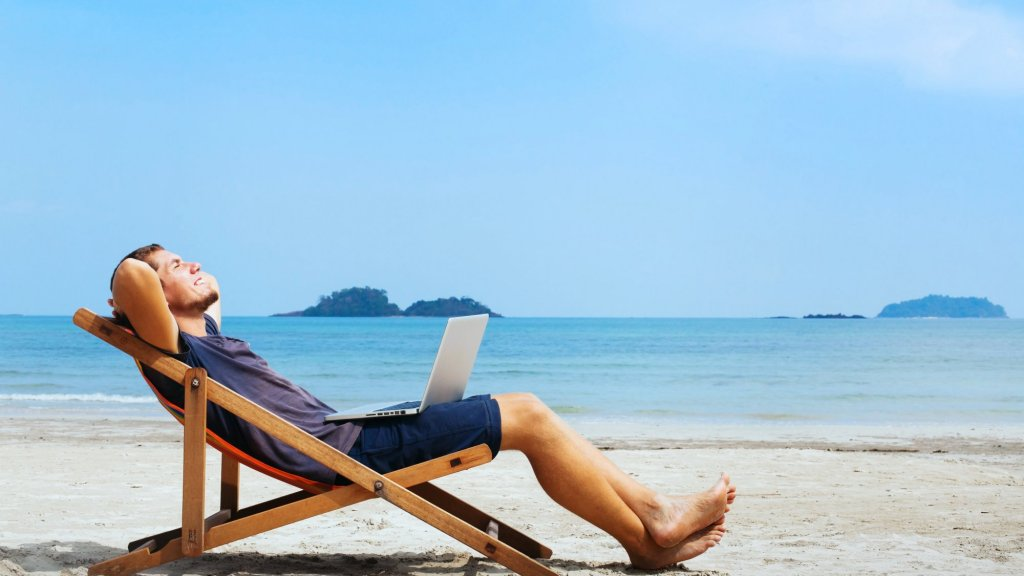 How to Get Someone Else to Do Your Work While You're on Vacation