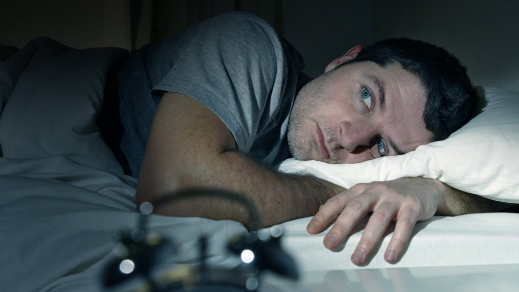 What to Do When You Wake Up in the Middle of the Night and Can't Fall Back Asleep