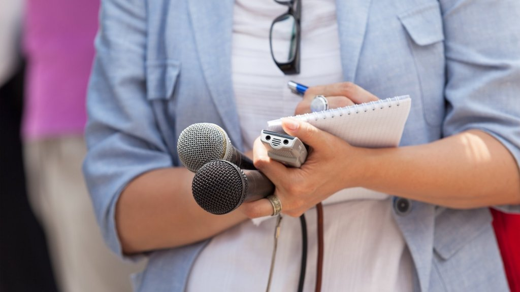 5 Journalists Tell You Exactly How to Get Good Press for Your Company