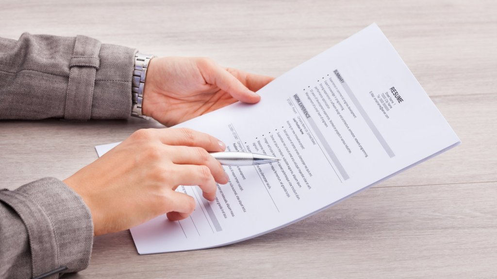 85 Percent of Job Applicants Lie on Resumes. Here's How to Spot a Dishonest Candidate