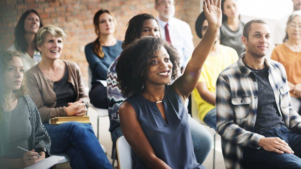 18 Ways to Make Employee Town Halls More Engaging