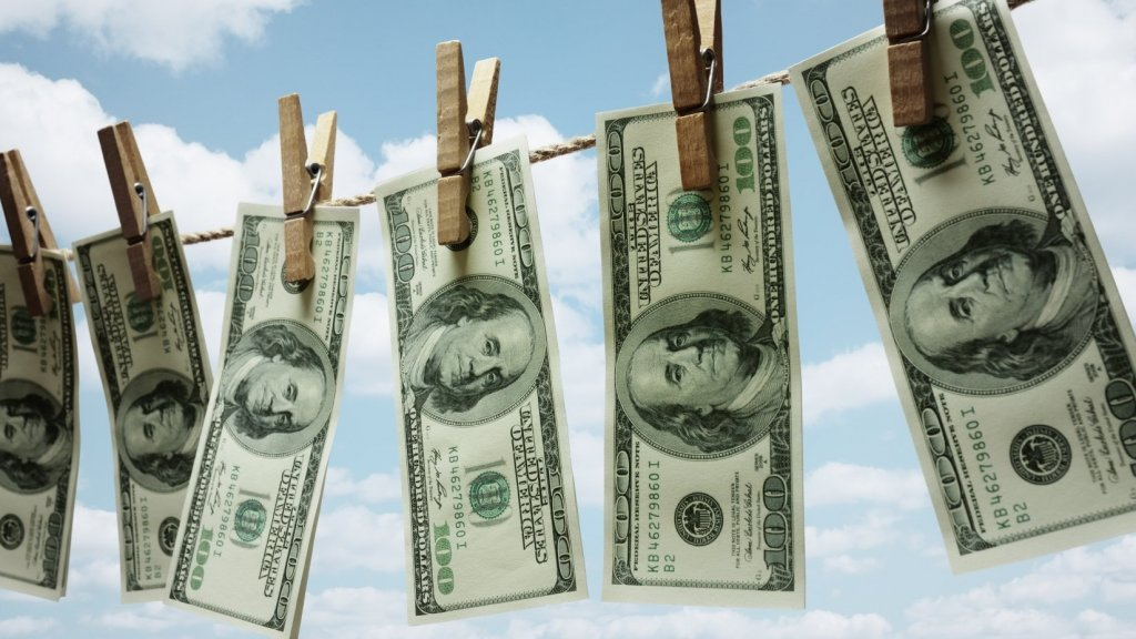 This Spring, Clean Up Your Personal Finances With These 4 Steps