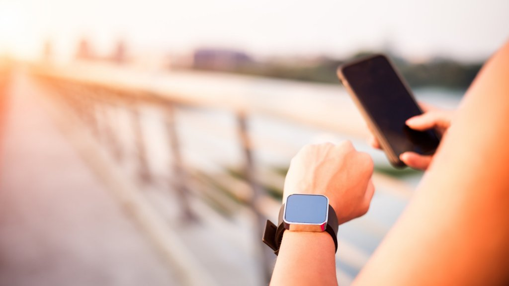 Wearable Fitness Trackers Are the Next Big Workplace Trend. Here's How They Can Help Your Employees Think and Perform Better