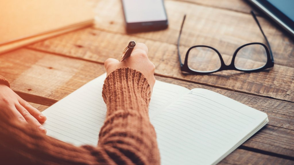 This Is the Way You Need to Write Down Your Goals for Faster Success