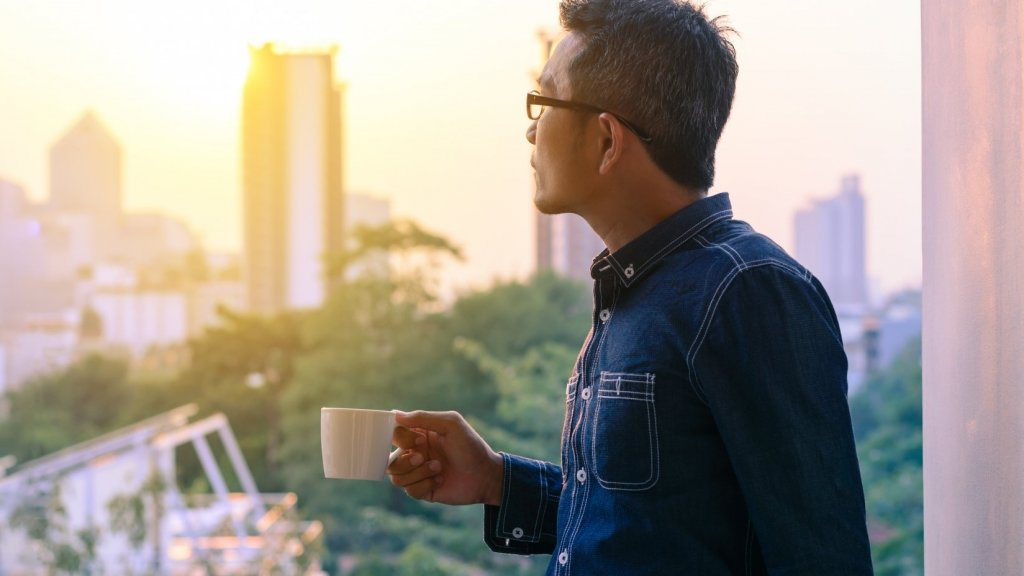 13 Behaviors All Successful People Stop Doing (to Discover Astonishing Happiness)